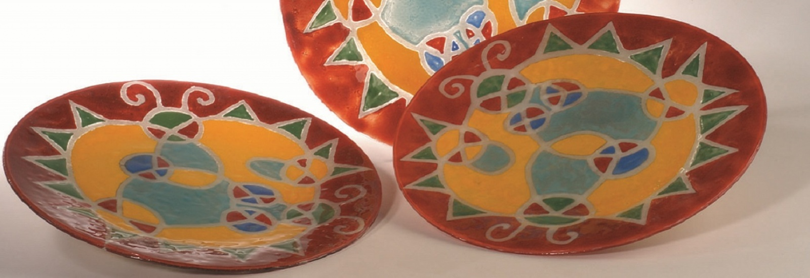 3 painted glass dishes