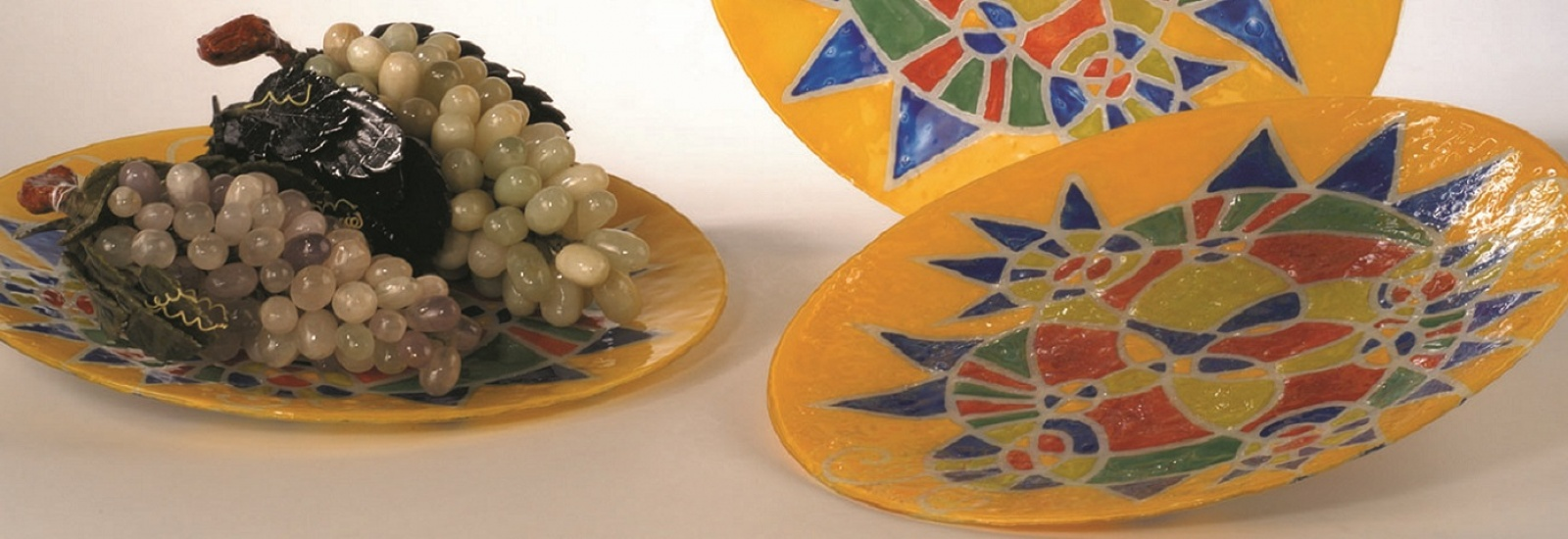 Painted glass dishes
